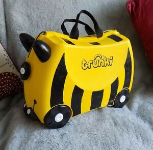 TRUNKIE Children's Luggage, Bumble Bee Yellow And Black With New Strap