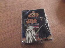 DISNEY STAR WARS WEEKENDS 2005 YODA & CHANCELLOR PALPATINE PIN ON CARD