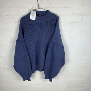 In The Style X Billie Faiers Oversized Jumper Blue UK8