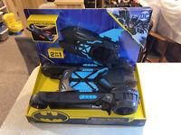 Batman Batmobile and Batboat 2-in-1 Transforming Vehicle Spin Master
