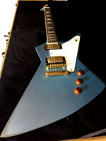 NEW EXPLORER STYLE 6 STRING VINTAGE PELHAM BLUE ELECTRIC GUITAR + HARDSHELL CASE