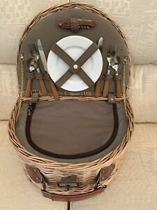 Wicker Picnic Basket/Hamper Insulated, With Plates, Cutlery X 2 & Corkscrew