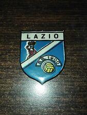 SCUDETTO LAZIO FIGURINA CALCIATORI PANINI 1963/64 REC.IN PLASTICA NO TRASFERIB.