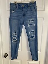 Women's American Eagle Light Wash Distressed Jeans Super Stretch Size 10 Short
