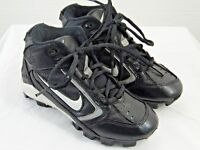 BOYS ATHLETIC SHOES CLEATS SIZE 1 Y NIKE BRAND BLACK AND WHITE      ZO8