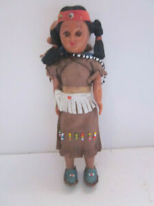 "VINTAGE 7"" TALL PLASTIC SLEEPY EYES NATIVE AMERICAN INDIAN GIRL DOLL W/ 2 BABIES"