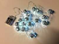 x16 Christmas Silver Effect Fairy Lights White LED Battery - 2.45m Clear Wire