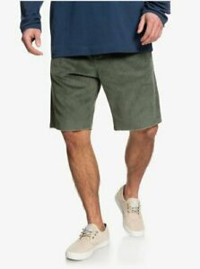 Quiksilver Men's Green Relaxed Fit  5 Pocket Chunky Cord Shorts Size:  32
