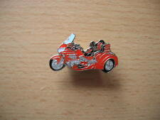 Pin Honda GW gold wing GOLDWING trike rouge red Moto Art. 1144