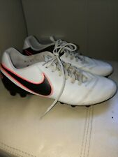 Mens NIKE TIEMPO Football Boot Size UK 7 EU 41
