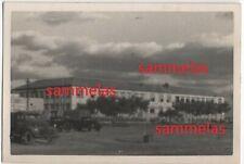 WK2 Foto Saloniki Nachrichten-Schule LKW's Kaserne Gebäude Lazarett 2511