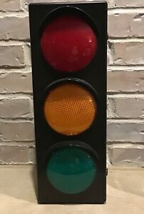 Traffic Light Battery Operated Novelty Party Decoration Flashing Lamp