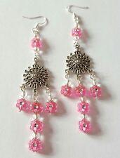 Nuovo rosa fatto a mano acrilico esagonale e vetro SEMI PERLINE pendenti orecchini pendenti.