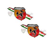 COPPIA DI ORIGINALI FIAT ABARTH 500 Lato Slash / Lightning LOGO SCUDETTI / STEMMI