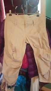 Dizinghof pants 3/4 size 10