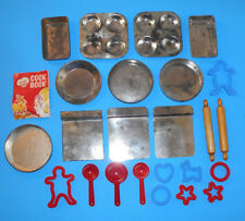 Vintage 24 Piece Children's Toy Kitchen Bakeware Play Set-Junior Chef Cook set