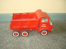 TONKA HYDRAULIC DUMP TRUCK RED WORKS FINE MISSING TAILGATE NO RUST VINTAGE SUPER