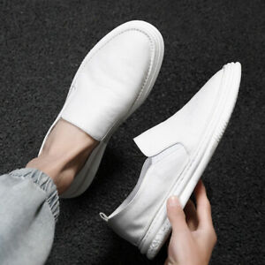 Fashion Men's Round Toe Solid Color Flat Shoes Suitable for Driving Walking New