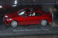 Kyosho Mercedes-Benz C-Klasse Coupé C205 in Designo hyazinthrot met. M1:43 PC