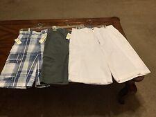 van heusen Cargo Shorts/bermuda Shorts Lot Of Three Size 32 Waist