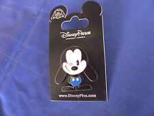 Disney * OSWALD - WINKING * New on Card Character Trading Pin