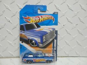 2011 Hot Wheels #155 Blue '83 Chevy Silverado