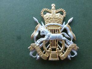 Light Cavalry Band headdress badge in dead silver plate & gilt