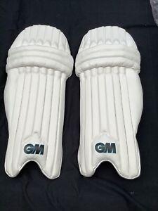 G&M Diamond Cricket Pads Small Adult RH