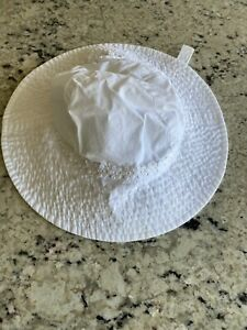 Carters size 12-24 months  Baby Girl's  Bucket Hat bonnet chin strap