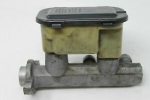 GMC Chevy Chrovrolet GM BRAKE MASTER CYLINDER 18012985 OEM Genuine Original OE