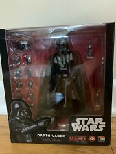 Mafex Darth Vader Rogue One Star Wars Figure