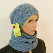 HAND KNITTED LADIES FORGET-ME-NOT BLUE  100% MERINO WOOL BEANIE & COWL SET