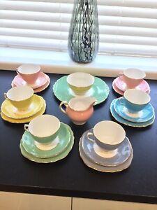 Colclough Bone China Harlequin 21 Piece Tea Set Beautiful Colours Mint Condition