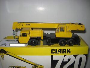 Clark 720 CM Camión Grúa #3073 Conrad 1:50 Emb.orig