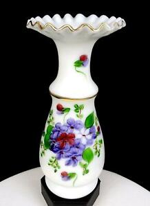 """VICTORIAN ANTIQUE MILK GLASS HAND PAINTED VIOLETS GOLD RUFFLED 10"""" VASE 1890"""