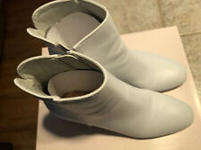 White Chinese Laundry Boots Size 6.5M