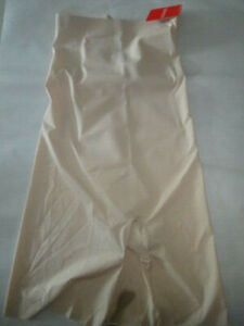 SPANX Trust your Thinstincts High Waist Shaping Short - Soft Nude - Pick Size