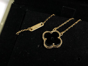 Van Cleef & Arpels Yellow Gold  Vintage Alhambra Pendant Necklace Black
