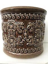 """NUOVO - """"Ptmd"""" Marrone Ceramica smaltata design rialzato CACHE POT 7.5"""" di diametro"""