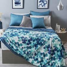 Blue dots & pintstripe Reversible warm blanket Sherpa King Size Comforter 1Pc