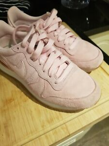 Womens Nike Rose Gold Pink Suede Trainers size 5