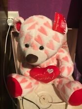 Valentine's Day teddy bear hearts white pink red besos