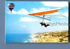 CALIFORNIA POSTCARD F+7796 HANG GLIDING OVER TORREY PINES CLIFFS IN SAN DIEGO