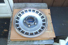 NOS FORD 4WD 15 inch wheelcover w/cutout 79-91 F150,80-96 Bronco,83-91 Ranger