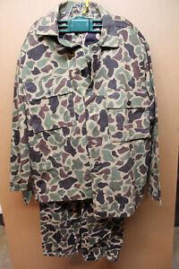 Vietnam original beo gam camouflage uniform, large, metal star buttons