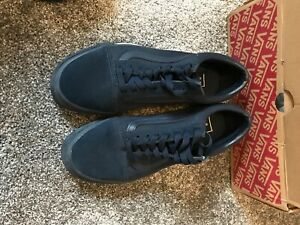 Navy Vans used with box size 6