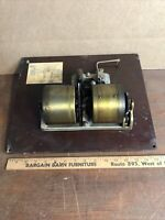 Vintage Victor Victrola VV- 300 ——5308 —  PHONOGRAPH Motor and Top Board