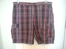 MEN'S Izod Plaid Shorts Black/ Gray/ Red  Size 40