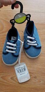 Boys Blue Soft Shoes 9-12 Months BNWT