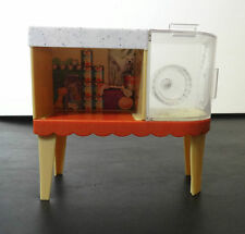 2010 LIV Doll School's Out Pet Adoption Center Spin Master Stand hamster wheel